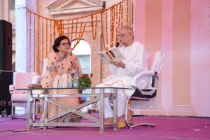 Gulzar in Conversation with Ms. Rakshanda Jalil after the Launch of his book Footprints On Zero Line: Writings on Partition